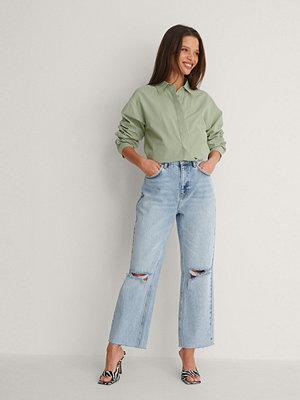 NA-KD Trend Raka, Croppade Jeans Med Hög Midja Och Slitningar På Knät blå