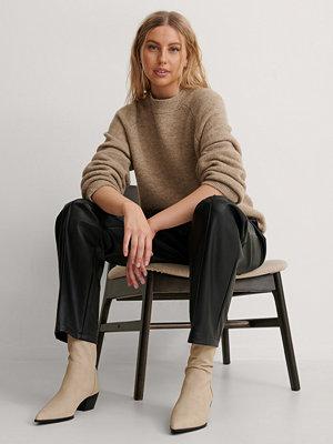 Boots & kängor - NA-KD Shoes Boots I Mockaimitation Med Smal Tå beige