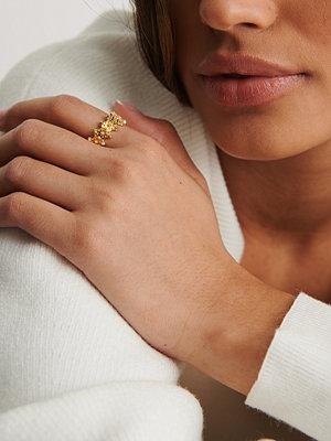 NA-KD Accessories smycke Guldplätering Bred Ring Med Struktur guld