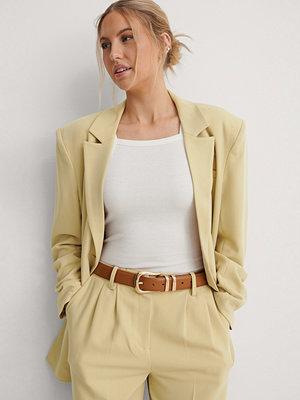 Bälten & skärp - NA-KD Accessories Bälte Med Spänne brun