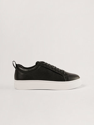 NA-KD Shoes Trainers svart