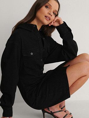 NA-KD Trend Ekologisk Denimklänning svart