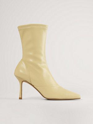 Boots & kängor - NA-KD Shoes Stövlar Med Spetsig Tå beige