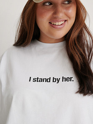 NA-KD Trend Ekologisk I Stand By Her T-shirt vit