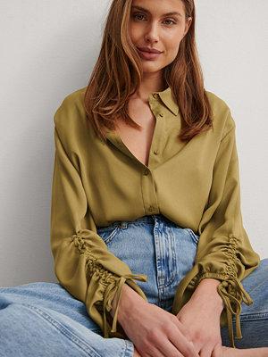 NA-KD Trend Skjorta Med Detaljer grön
