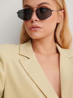NA-KD Accessories Droppformade Solglasögon Med Metallbågar svart