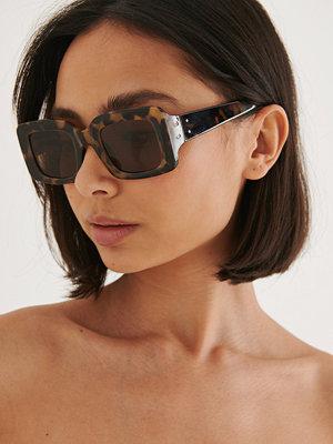NA-KD Accessories Brett Fyrkantiga Solglasögon brun