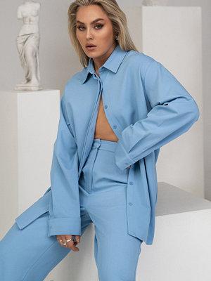Angelica Blick x NA-KD Oversize Skjorta blå