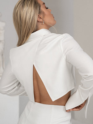 Angelica Blick x NA-KD Skjorta Med Fickdetaljer vit