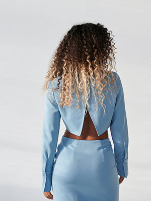 Angelica Blick x NA-KD Skjorta Med Fickdetaljer blå