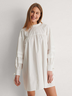 Curated Styles Detail Cotton Dress vit