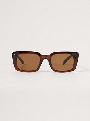 NA-KD Accessories Rektangulära Solglasögon brun