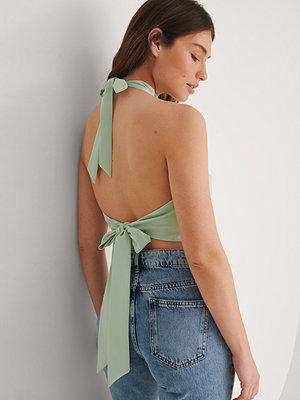 Louise Madsen x NA-KD Recycled Satinlinne grön