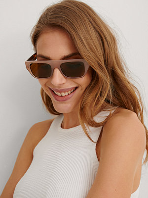 NA-KD Accessories Rakt Solglasögon nude