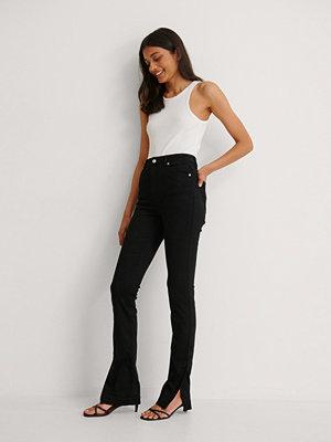 NA-KD Trend Ekologiska Skinny Jeans Med Hög Midja Och Sidoslits svart