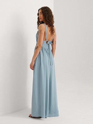 Curated Styles Maxiklänning blå