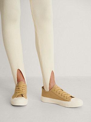 NA-KD Shoes Låga Träningsskor Med Snören gul