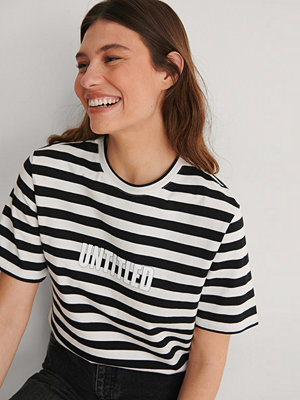 T-shirts - Louise Madsen x NA-KD Striped Oversized Tee multicolor