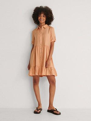 Trendyol Knapp Miniklänning orange