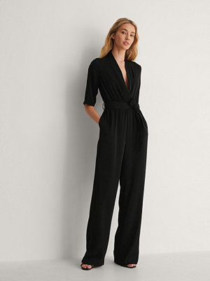 Jumpsuits & playsuits - NA-KD Party Kimonojumpsuit svart