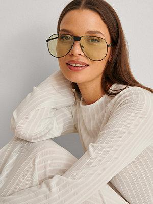 Solglasögon - NA-KD Accessories Oversize Pilot Sunglasses grön