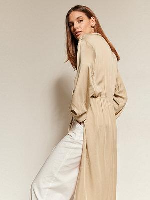Blusar - NA-KD Trend Skjortblus Med Omlott beige