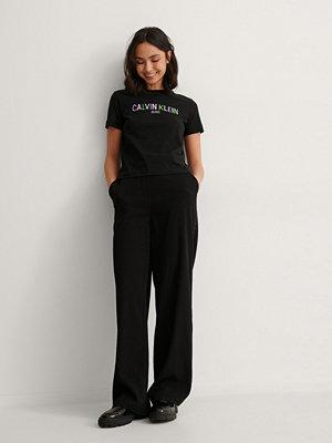 Calvin Klein Ekologisk T-shirt Med Logga svart