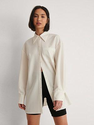 NA-KD Classic Oversize Skjorta vit
