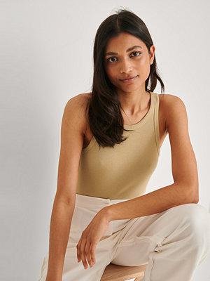 NA-KD Basic Ekologisk ekologiskt ribbat linne beige