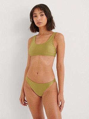 NA-KD Swimwear Skinande Klassisk Bikinitrosa grön