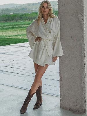 Claire Rose x NA-KD Miniklänning I Linneblandning vit