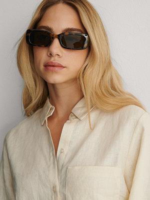 NA-KD Accessories Solglasögon Med Breda Bågar brun