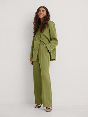 NA-KD Classic Klassiska Kostymbyxor grön omönstrade