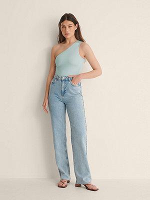 Jeans - Jasmin Azizam x NA-KD Ekologiska Denimskjorta Med Fickor blå