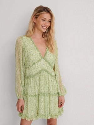 NA-KD Volang Miniklänning grön