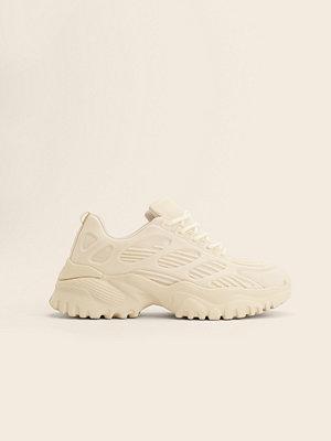 NA-KD Shoes Chunky Träningsskor Med Gummi offvit
