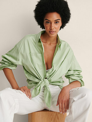 NA-KD Trend Recycled Oversize Skjorta Med Ficka grön