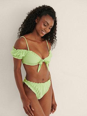 Mimi A.R x NA-KD Recycled Bikinitrosa Med Volangdetaljer grön