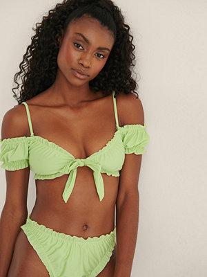 Mimi A.R x NA-KD Recycled Bikinitopp Med Volangdetaljer grön