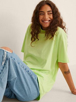 NA-KD Basic Ekologisk Oversize T-Shirt Med Rund Hals grön