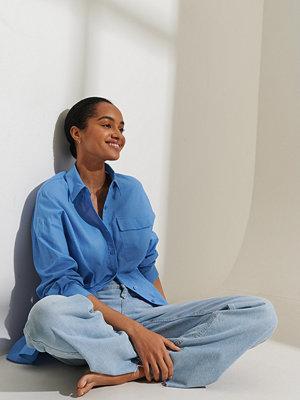 Curated Styles Oversize Skjorta blå