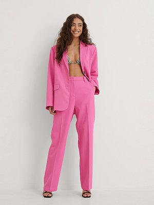 NA-KD Classic Klassiska kostymbyxor rosa