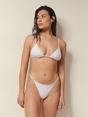 Josefine HJ x NA-KD Recycled Bikinitrosa Med Justerbara Sidoband vit