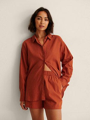 NA-KD Trend Oversized Skjorta I Linneblandning röd
