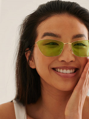 NA-KD Accessories Cateye Solglasögon I Metall grön