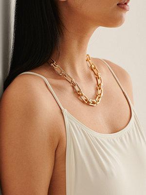 NA-KD Accessories smycke Återvunnet Rektangulärt Chunky Kedjehalsband guld