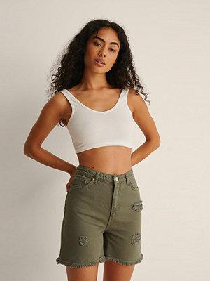 Shorts & kortbyxor - Trendyol Ripped Jeansshorts grön