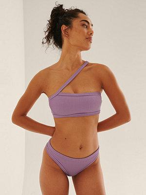 NA-KD Swimwear Ribbstickad Bikinitrosa Med Medium Midja Och Dragsko lila