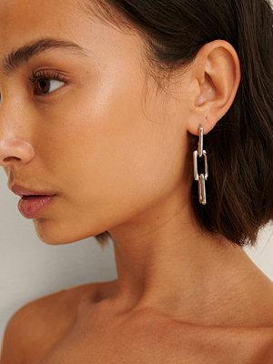 NA-KD Accessories smycke Återvunna Rektangulära Kedjeörhängen silver