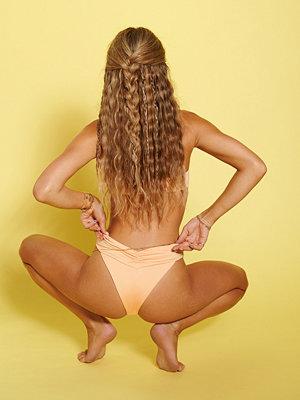 Hanna Schönberg x NA-KD Återvunnen Rynkad Bikinitrosa orange